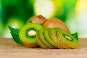 kiwi-for-skin-care